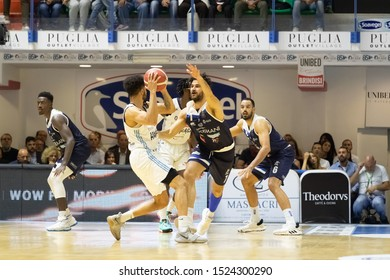 Brindisi, Italy, October 05 2019 ball a d. thompson , happy casa brindisi, thwarted from  l. vitali , germani basket brescia,  during Happy Casa Brindisi Vs Germani Basket Brescia  Italian Basketball