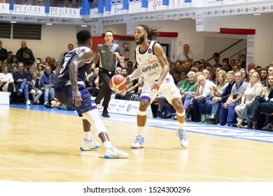 Brindisi, Italy, October 05 2019 a. banks , happy casa brindisi, thwarted from  a. abass , germani basket brescia,  during Happy Casa Brindisi Vs Germani Basket Brescia  Italian Basketball A Serie  C