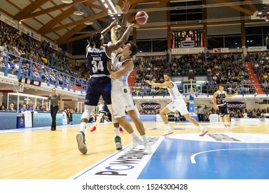 Brindisi, Italy, October 05 2019 contrasto between d. moss , germani basket brescia, and a. zanelli , happy casa brindisi,  during Happy Casa Brindisi Vs Germani Basket Brescia  Italian Basketball A