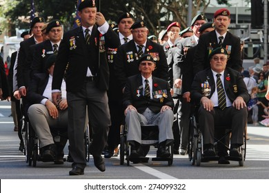 BRISBANE, AUSTRALIA - APRIL 25 : South African veterans march during Anzac day centenary