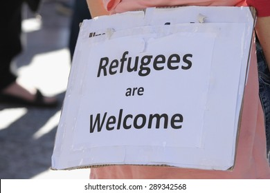 BRISBANE, AUSTRALIA - JUNE 20 : Sign suggesting ordinary Australians welcome refugess