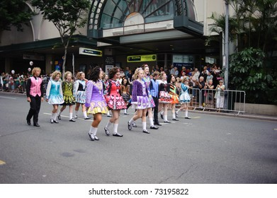 BRISBANE, AUSTRALIA - MAR 12: Unidentified children perform Irish dance to celebrate St Patrick's day on Mar 12, 2011 at the Elizabeth st, Brisbane, Australia.
