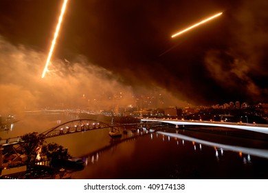 Brisbane River Firework viewing from top of Kangaroo Point with jet fighters