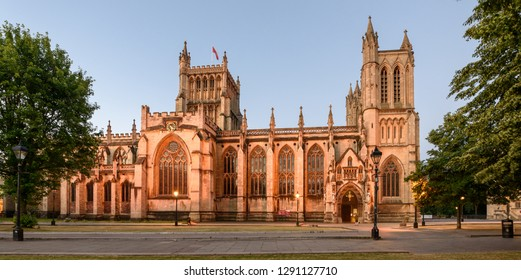 Bristol Cathedral is one of England's most famous medieval churches, it dates back to 1140 when it was founded as an Augustinian abbey
