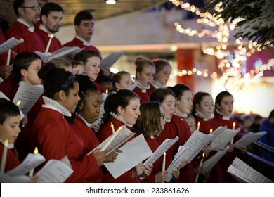 BRISTOL - NOV 7: Bristol Cathedral Choir peform in Cabot Circus shopping mall on Nov 7, 2014 in Bristol, UK. The choir performed traditional Christmas carols for visitors to the mall.