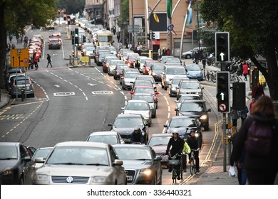 BRISTOL - OCT 22: Slow moving traffic snakes its way through the city centre at evening rush hour on Oct 22, 2015 in Bristol, UK. Commuters stuck in gridlocked traffic is a common sight in Bristol.