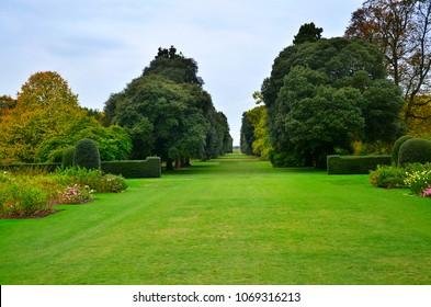 English Garden Style Images Stock Photos Vectors Shutterstock