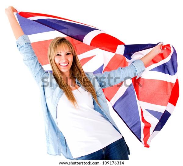 Britische Frau, die die Flagge der Jack Union hält - einzeln auf Weiß