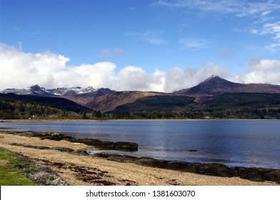 Brodick bay,Isle of Arran,Scotland,UK. 3/11/2019. The last fall of snow on the mountains of Arran above Brodick Bay,Scotland.