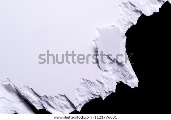 BROKEN EDGE PLASTIC ON BLACK