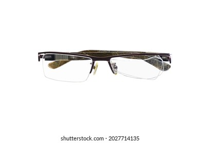 broken glasses optical by impact load