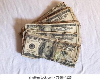Broken money, spoiled money, rotten wealth