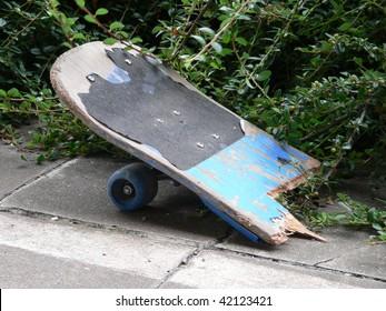 A broken skateboard