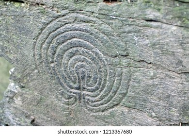 Bronze Age Labyrinth Rock Carvings at Rocky Valley between Boscastle and Tintagel, Cornwall UK. Located in a disused slate quarry close to an old mill and stream.