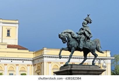 Bronze statue of king Victor Emanuel 2 on his horse in Novara, Piemonte, Italy