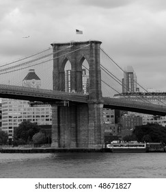 Brooklyn bidge.Black and white
