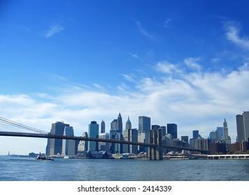 Brooklyn bridge and lower Manhattan, financial district, New York
