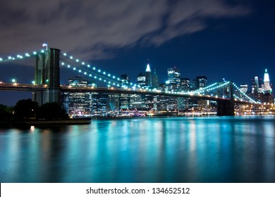 Brooklyn Bridge and Manhattan, New York, night scene