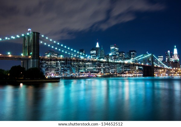 Brooklyn Bridge and Manhattan, New York, night scene