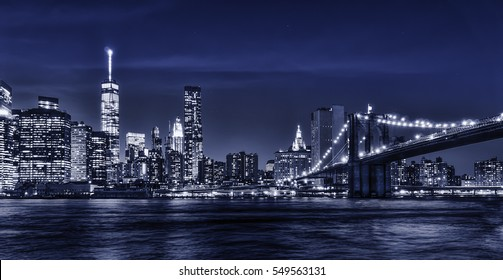 Brooklyn Bridge at night with Dark blue theme