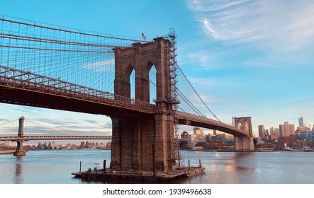 Brooklyn Bridge overlooking City of Brooklyn