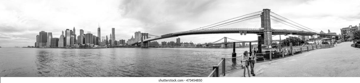 Brooklyn Bridge Park on a cloudy day.