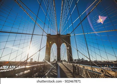 Brooklyn Bridge sunrise in New York City, USA