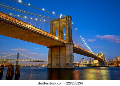 Brooklyn Bridge at twilight in New York City
