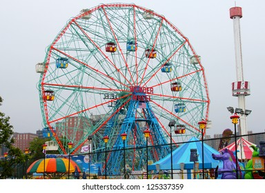 BROOKLYN, NEW YORK - MAY 24 :Wonder Wheel at the Coney Island amusement park on May 24, 2012. Deno's Wonder Wheel a hundred and fifty foot eccentric Ferris wheel. This wheel was built in 1920.