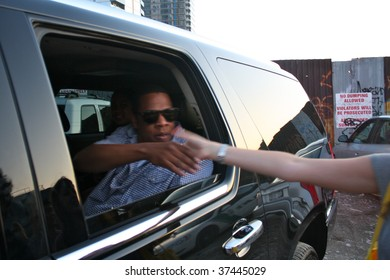 BROOKLYN, NY - AUGUST 30:  Rapper Jay Z leaving the Jelly Pool Party held in East River Park on August 30, 2009 in Brooklyn, NY.