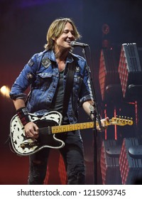 BROOKLYN, NY - OCT 27: Keith Urban performs onstage at Barclays Center on October 27, 2018 in Brooklyn, New York.