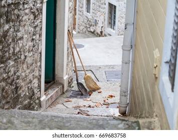 Broom in Herceg Novi