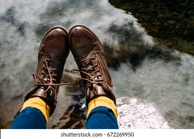 Brown boots of a traveler