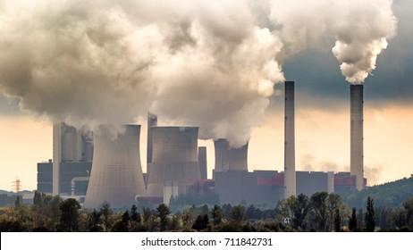 Emisión de la central térmica de carbón marrón.