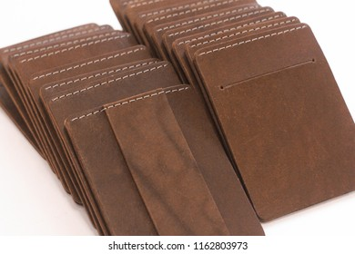 Brown men's cardholders