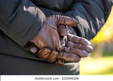 Brown men's gloves made of genuine leather