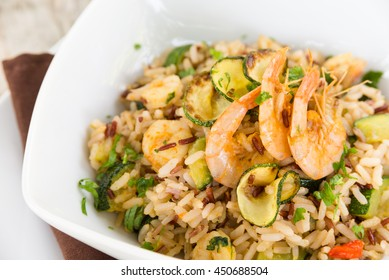 Brown rice with shrimp and zucchini