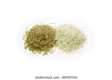 Brown rice and white rice in a neat pair isolated on white back ground