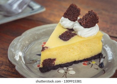 Brownie cheesecake on plate