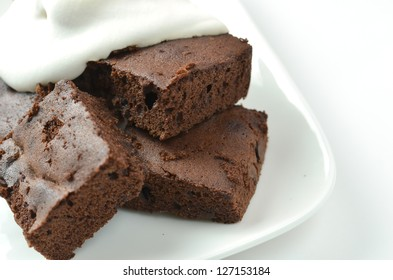 brownie and cream