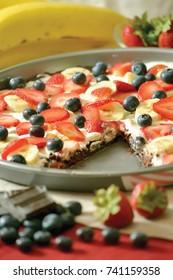 Brownie pizza,