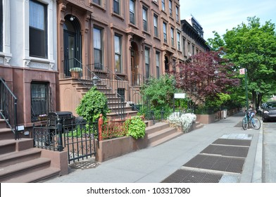 Brownstone Homes Urban Residential Neighborhood Brooklyn New York American Lifestyle