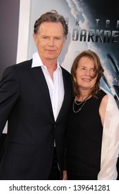 """Bruce Greenwood at the """"Star Trek Into Darkness"""" Los Angeles Premiere, Dolby Theater, Hollywood, CA 05-14-13"""