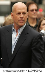 Bruce Willis at the Ceremony honoring him with the 2,321st star on the Hollywood Walk of Fame. Hollywood Boulevard, Hollywood, CA. 10-16-06
