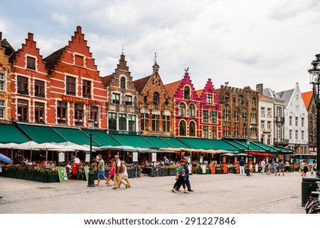 bruge belgium jun 5 2015 market square in the historic centre of