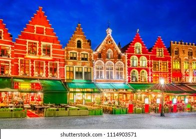 Bruges, Belgium : Grote Markt, city center of Brugge in Flanders, meeting place of Brugelings and tourists.