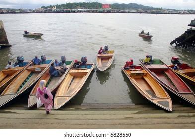 Brunei's water taxi in Bandar Seri Begawan, 2005.