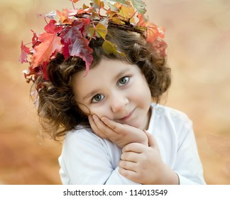 brunette girl in a autumn crown