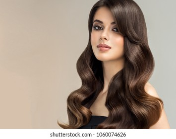 4890a0411754c Brunette girl with long