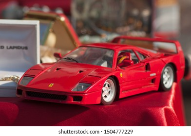 brunstatt - France - 15 Septembre 2019 - Closeup of Miniature Ferrari F40 for sale at he flea market in the street